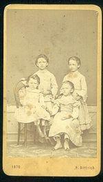 4 dcery
