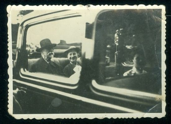 Soukroma fotografie TGM | antikvariat - detail pohlednice