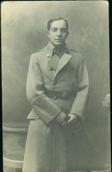 Vojak v kabatu   antikvariat - detail pohlednice